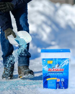 Alaskan Premium ice melter pail